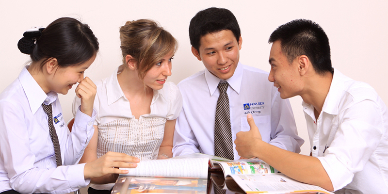 Thí sinh, phụ huynh phân biệt rõ hệ Cao đẳng nghề Dược và Cao đẳng Dược khi đăng ký xét tuyển!