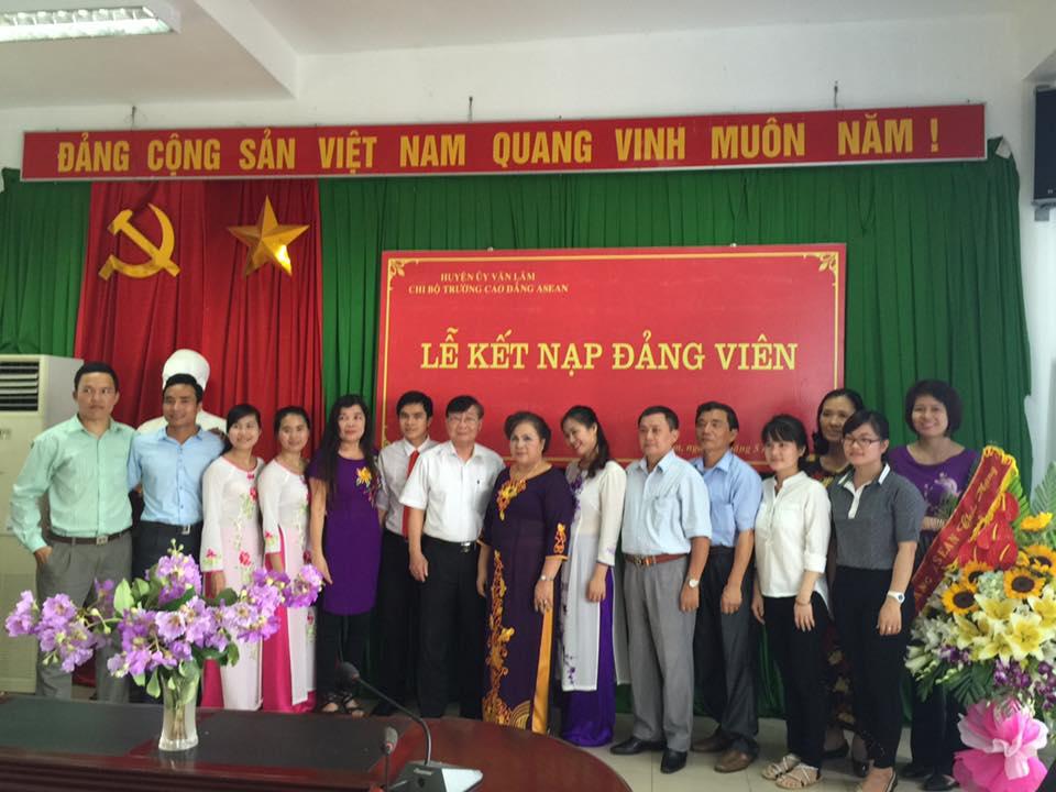 Phát triển Đảng - Động lực và niềm tin cho thế hệ trẻ Trường Cao đẳng ASEAN