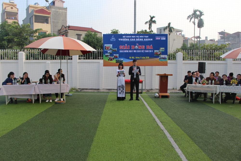 Khai mạc giải bóng đá Asean College chào mừng ngày Nhà giáo Việt Nam 20/11