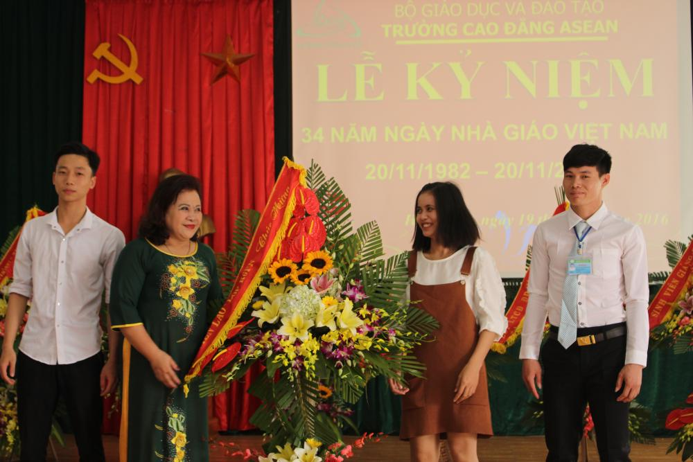 Asean College: Mít tinh kỷ niệm Ngày Nhà giáo Việt Nam 20/11/2016