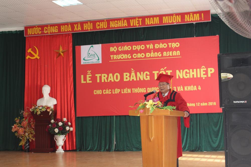Asean College: Trao bằng tốt nghiệp cho 507 Tân cử nhân Dược sĩ khoá 3 và khoá 4