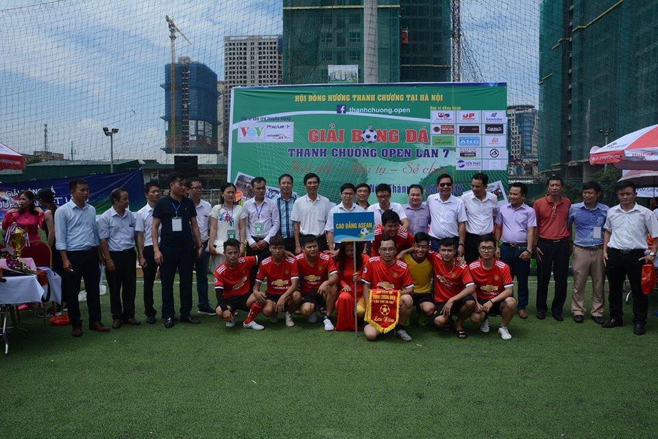 Đội bóng ASEAN FC lọt vào tứ kết giải bóng đá Thanh Chương Open