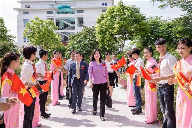 Thời cơ cho sinh viên ngành Điều dưỡng Trường Cao đẳng Asean làm việc ở trời Âu