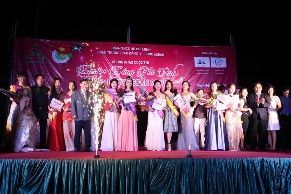 Duyên dáng Nữ sinh Y Dược Asean năm 2017: Đêm Hội toả sáng sắc đẹp lỗng lẫy và ấn tượng