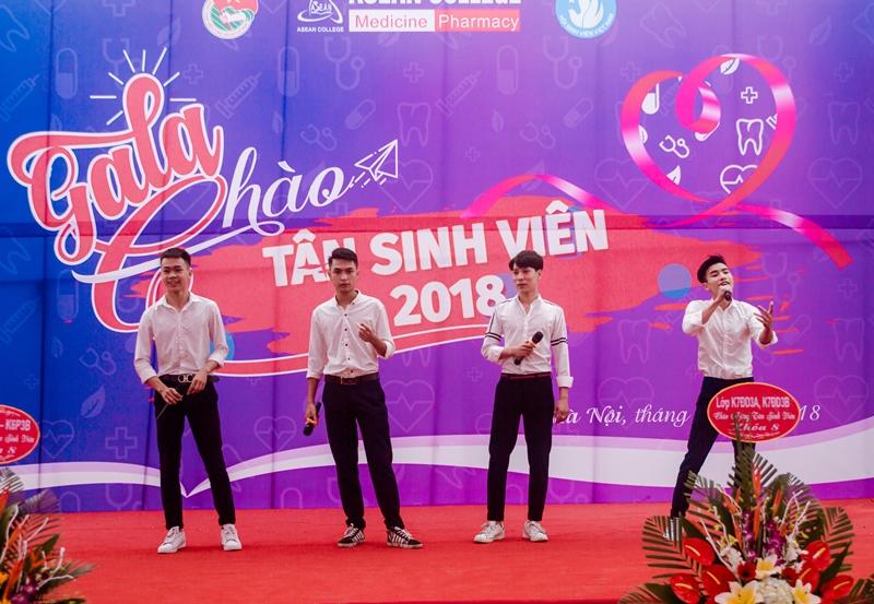 Ấn tượng chương trình Gala chào tân sinh viên 2018