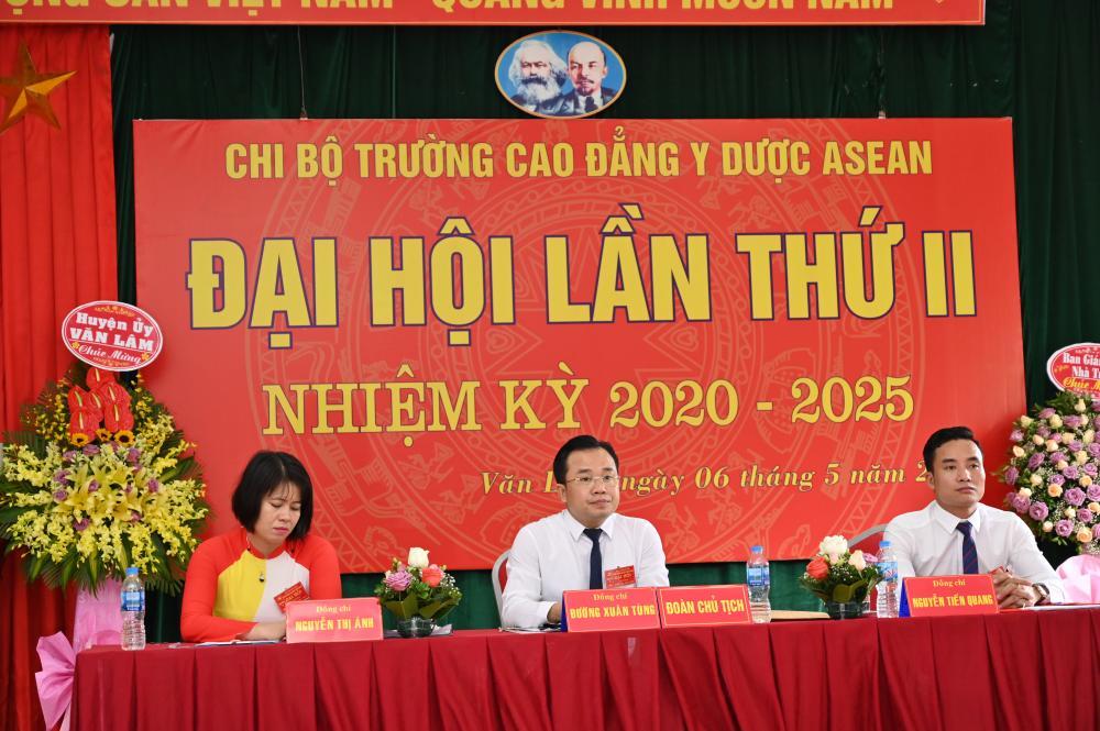 Đại hội Chi bộ Cao đẳng Y Dược ASEAN lần thứ II thành công tốt đẹp